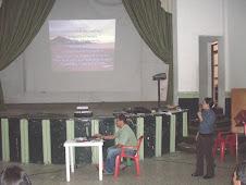 Jenny Patricia hace su exposición del Plan de Mejoramiento