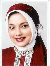 Perempuan Melawan Sampah: Marissa Haque Fawzi untuk Radar Banten 2005