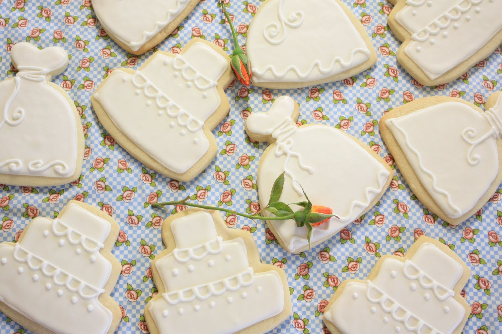 munchkin munchies wedding shower cookies With wedding shower sugar cookies