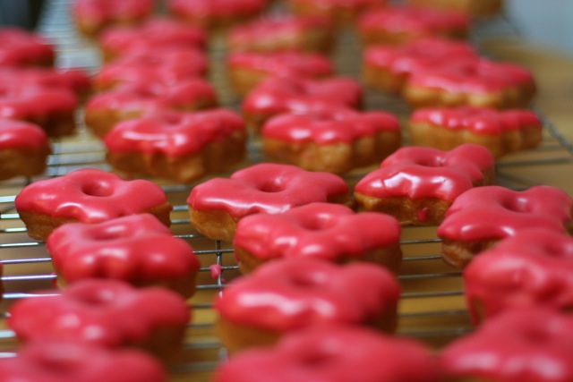 canada day cupcakes. Happy Canada Day Donuts