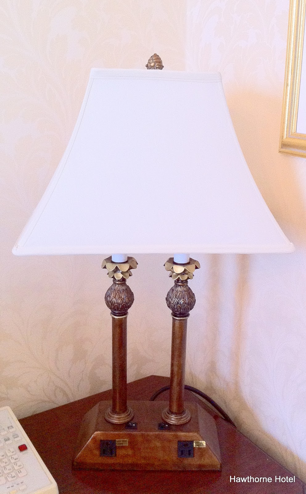 these are our favorite new lamps they have two outlets built into the. Black Bedroom Furniture Sets. Home Design Ideas