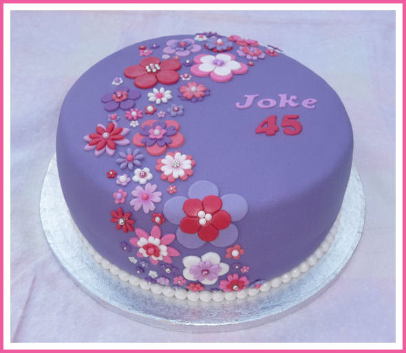Iemand ideeen voor mijn taart? (Pagina 1)   Decoreren   DeLeuksteTaarten nl Forum