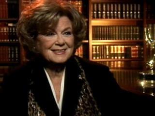 "Barbara Hale played ""Della Street"""