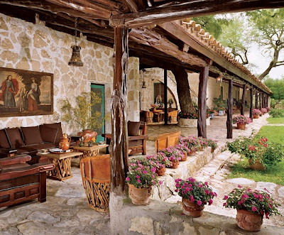 Decor to adore spanish colonial interiors for Mexican porch designs