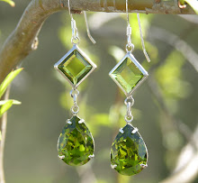 OLIVINE SWAROVSKI CRYSTAL MAGIC