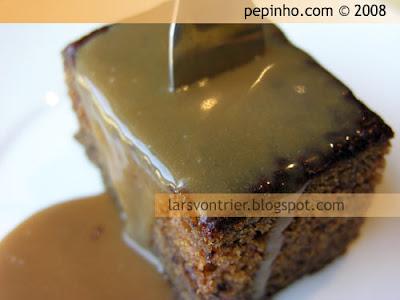 Sticky toffee pudding (pudding de dátiles y salsa de toffee)