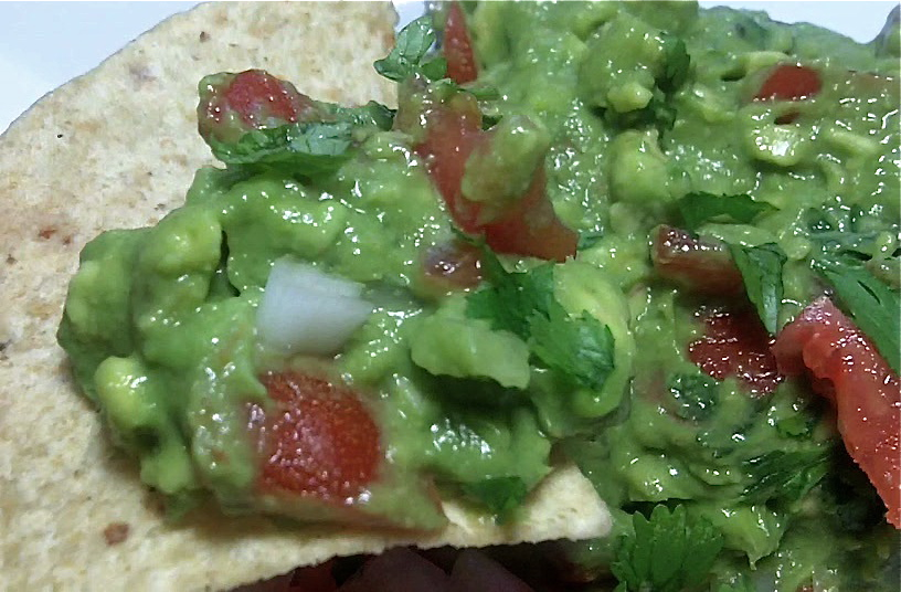 Fresh easy guacamole recipe divas can cook homemade guacamole just add some chip for an easy appetizer forumfinder Gallery