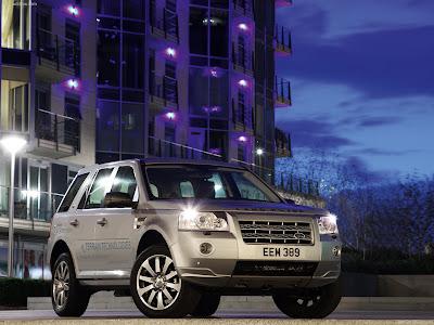 http://4.bp.blogspot.com/_k-uzaP4Gx6M/Skhs2VDQe1I/AAAAAAAAF7w/d0TzPmX8-xY/s400/Land_Rover-Freelander_2_TD4_e_2009_1280x960_wallpaper_03.jpg
