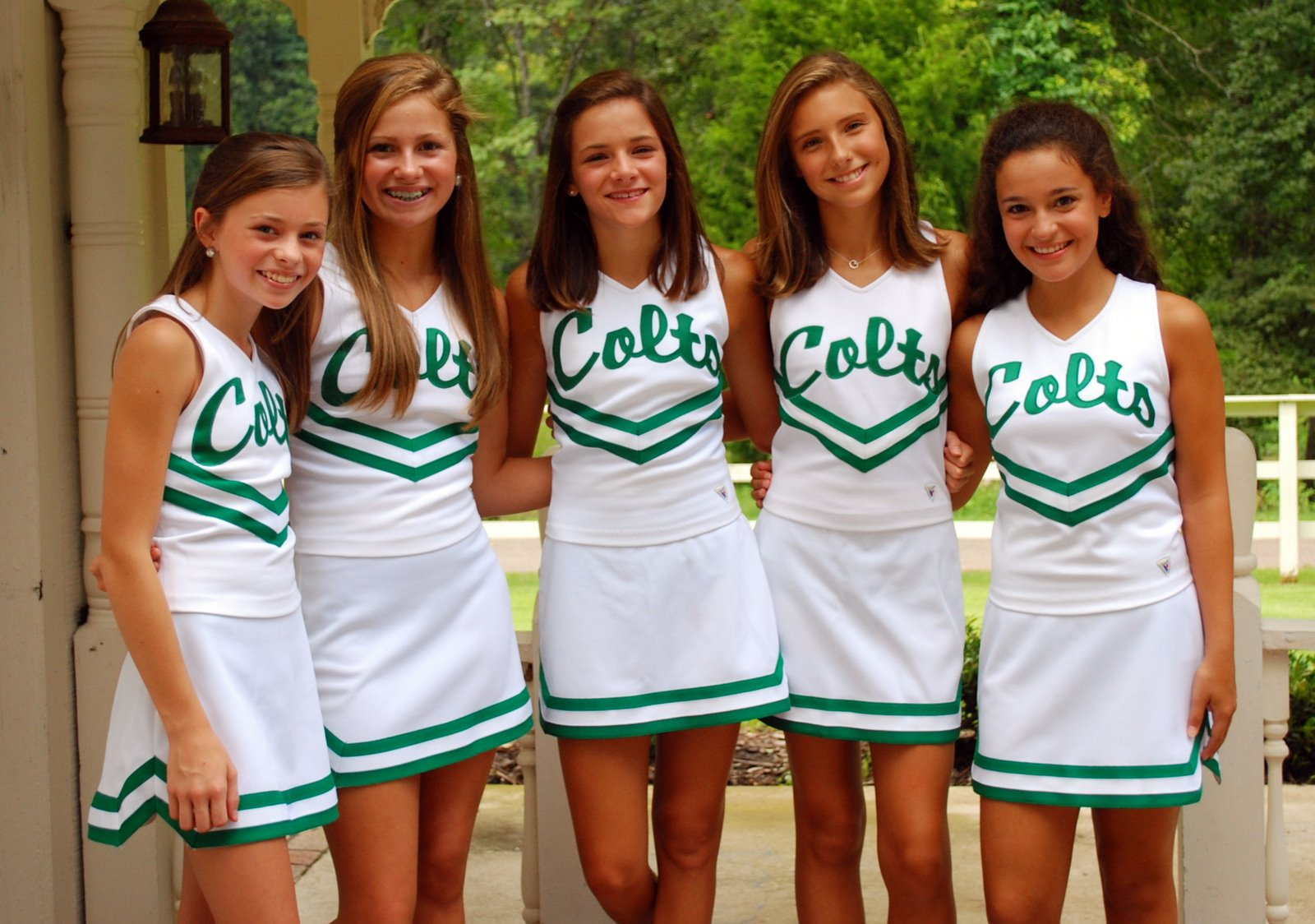 kaylea byrd abbey rankin and mary evan ivy 8th grade cheerleaders