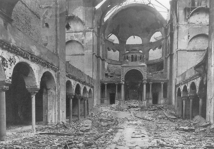 The night of broken glass kristallnacht thinglink for How many homes were destroyed in germany in ww2