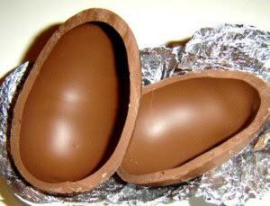 Como fazer ovos de chocolate caseiro