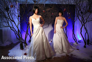 Disney Fairy Tale Wedding Dresses: Snow White