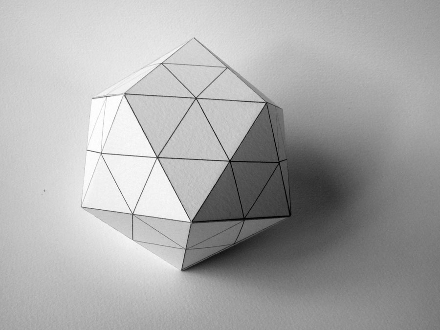 [2009+06+02+Icosaèdre+subdivisé+2]