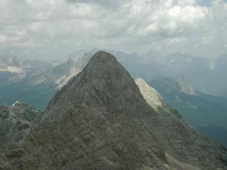 La Zesta, con a destra il versante S