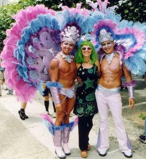 Omofobi o burinofobi? Penne o piume? Lettera all'on. Mollicone presidente della Commissione Cultura