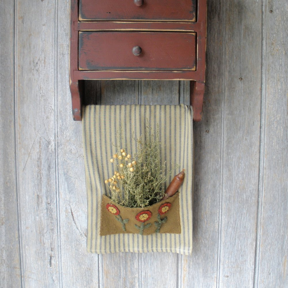 Pinterest Primitive and Country Crafts selection of primitive