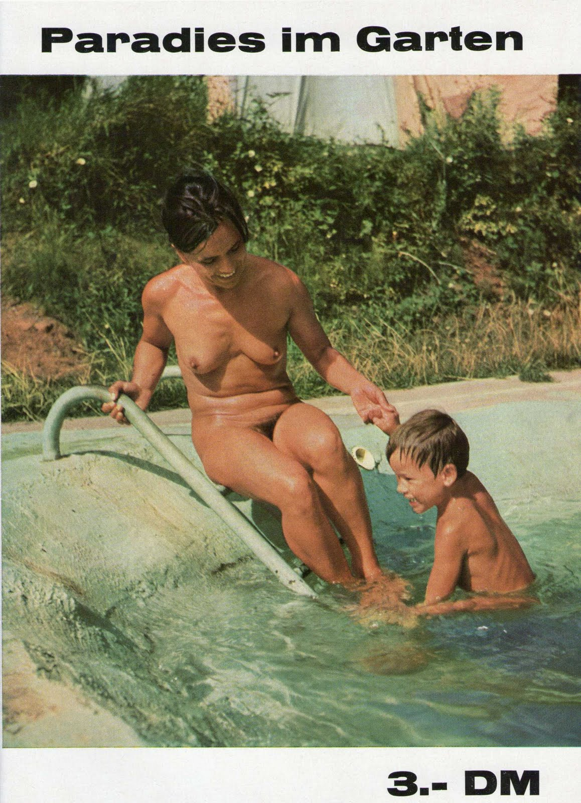 pure-nudism ru img.4 Diary of a Nudist: Nudist Photos of the Day 05/09/10 - Happy Mother's Day!