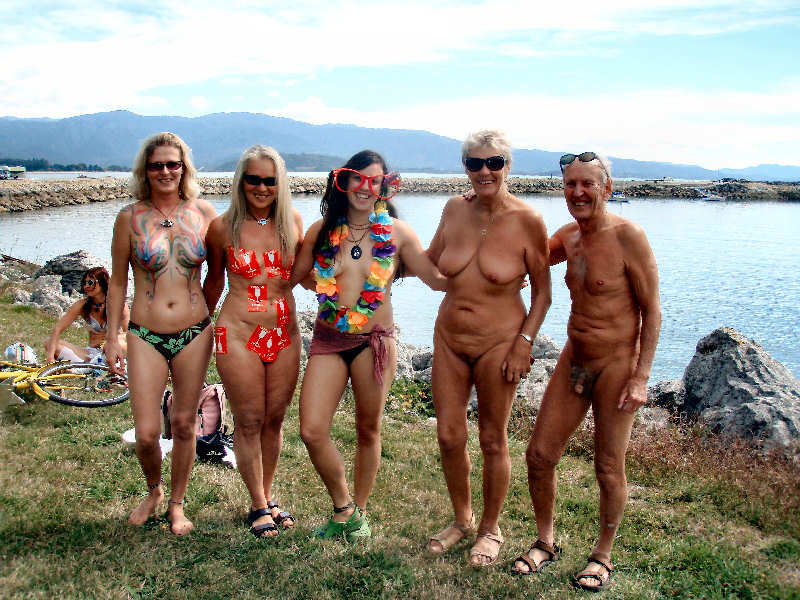 New zealand nudist pictures