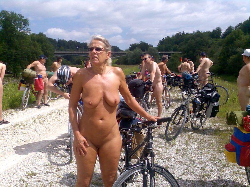 Bikini supermodel thong