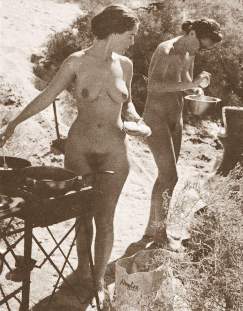 nudisti-sssr-foto