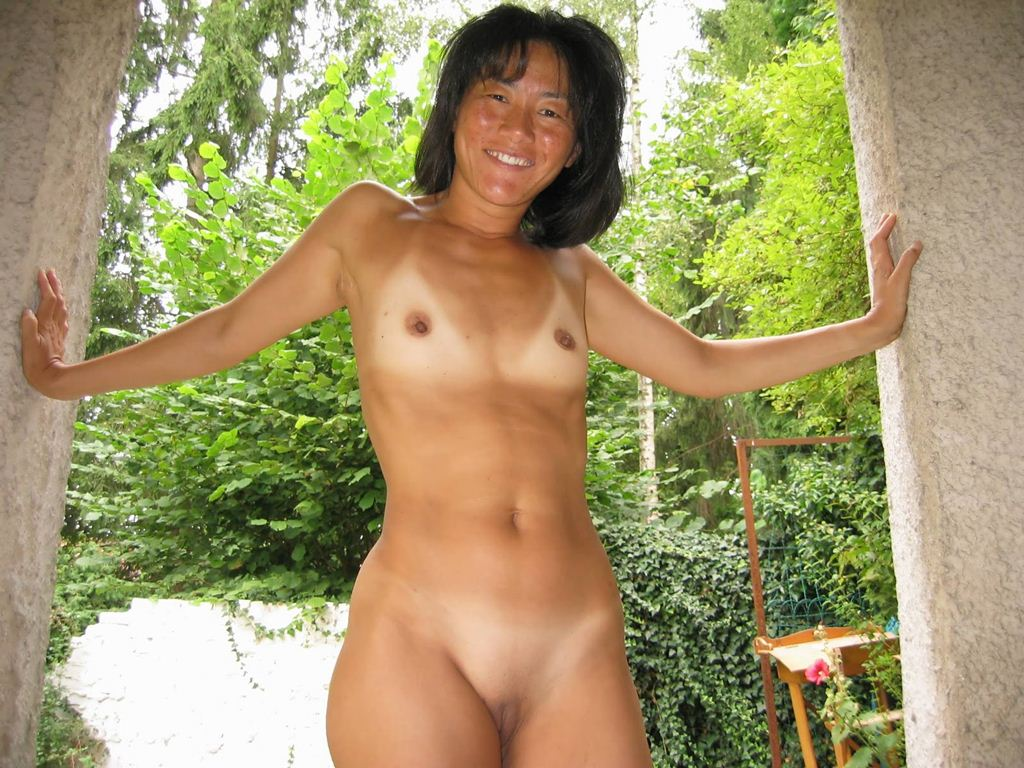 Full nudist camp nudity girls frontal