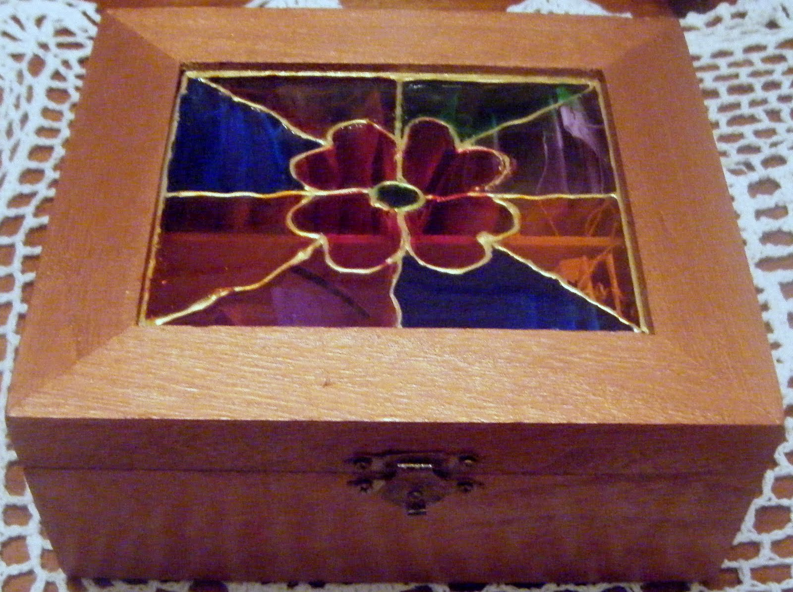 Manualidades de mari caja de madera para infusiones paso a paso - Manualidades con cajas de madera ...