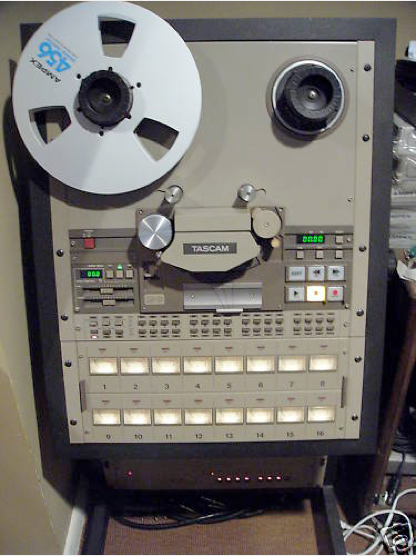Multitrack Tape Recorder. MULTI-TRACK TAPE RECORDER