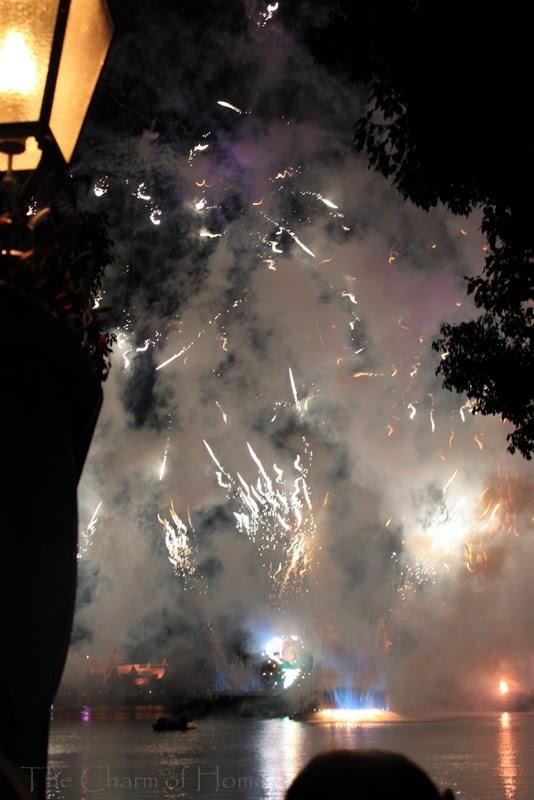 walt disney world castle fireworks. Who couldn#39;t go to Walt Disney