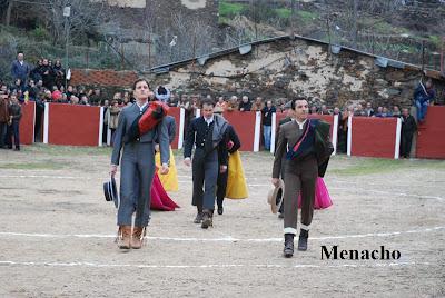 Objetivo el toro el fundi inaugura en valero salamanca - Valero salamanca ...