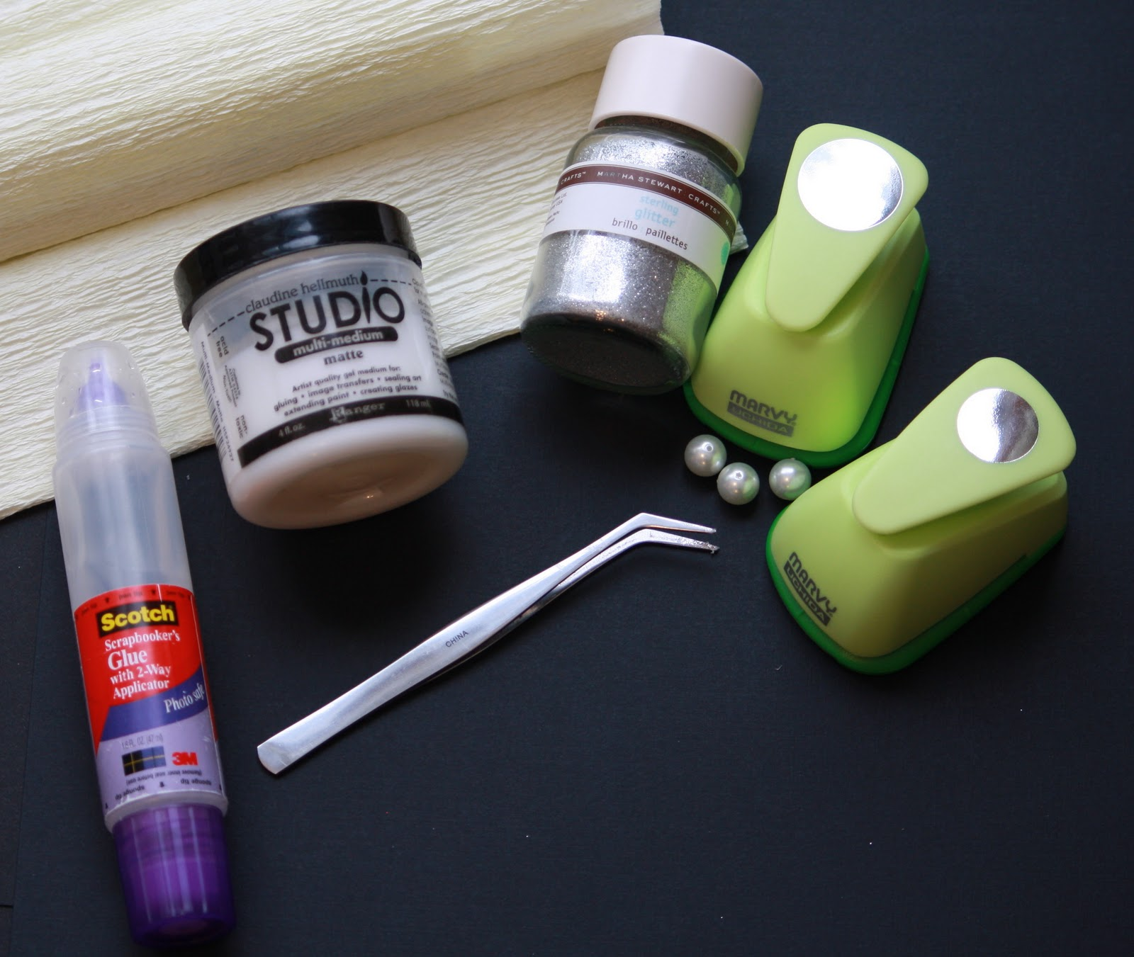 http://4.bp.blogspot.com/_kBEXd9OENQU/TQQdp17iHYI/AAAAAAAAAgg/TU1Hny8-Ze0/s1600/Crepe+Paper+supplies.jpg
