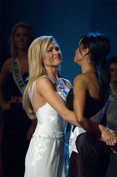 Conner Kissing Lesbian Miss Miss Tara Teen Usa Usa 21