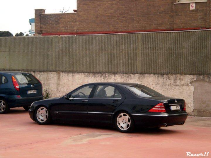 News entertaiment mercedes benz s600 v12 w220 largo for Mercedes benz s 600 v12