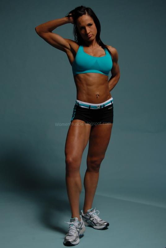 Karen Kryzanowski - Fame Female Fitness Model