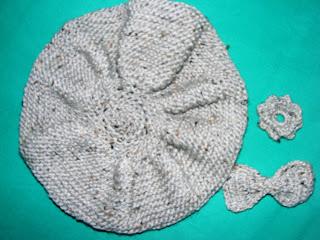 bascuta handmade gri accesorii tricotata manual