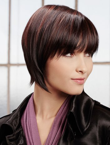 layered razor cut bob. This sleek razor cut bob