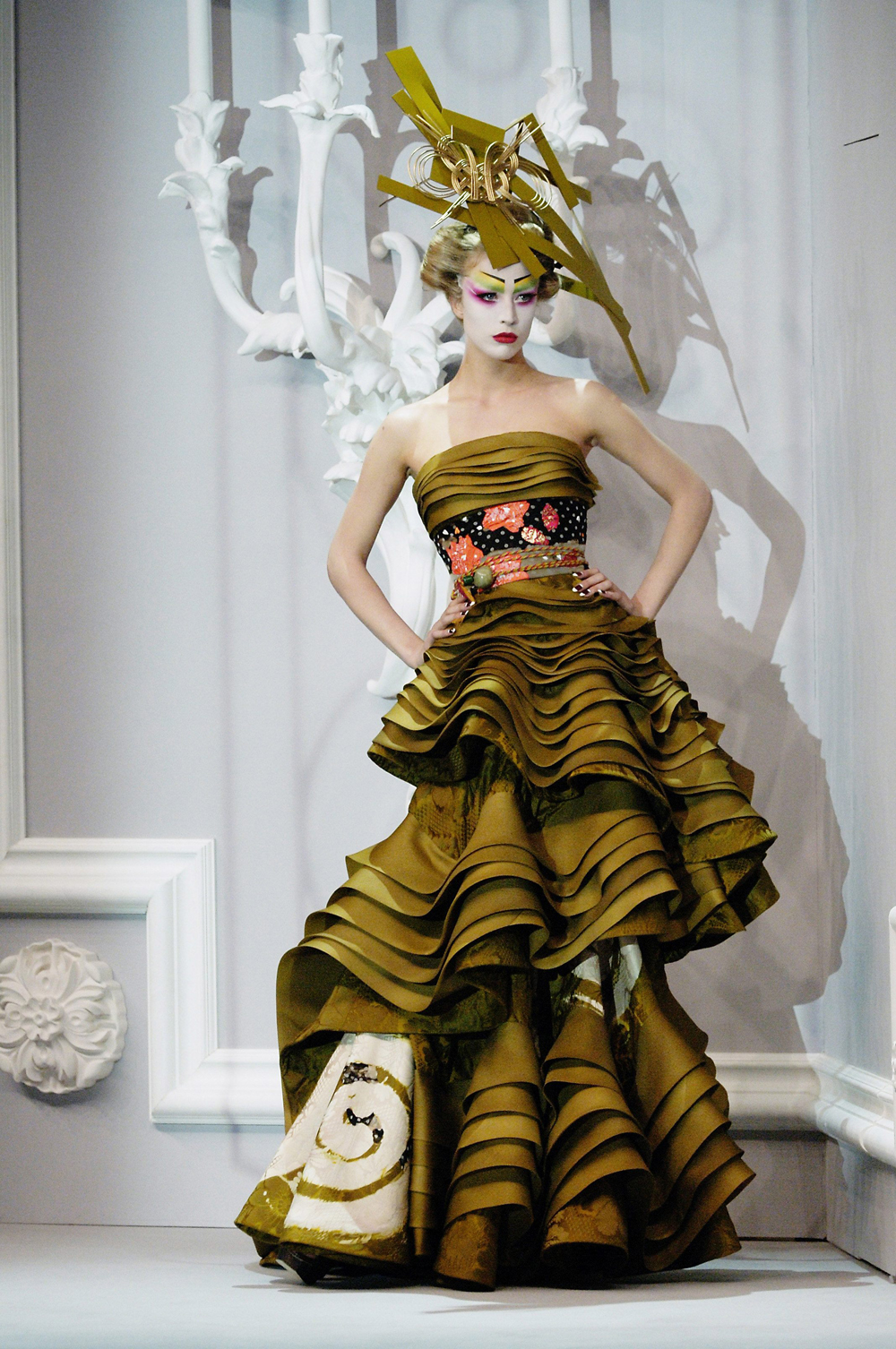 Sizzling convention haute couture fashion designers for Paris haute couture designers