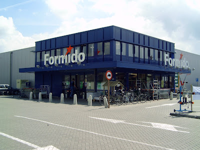 Green supermarket green retailing in the netherlands is booming increasing the consciousness of the consumers for environmental solutions like saving light bulbs clients can borrow energy meters for free solutioingenieria Images