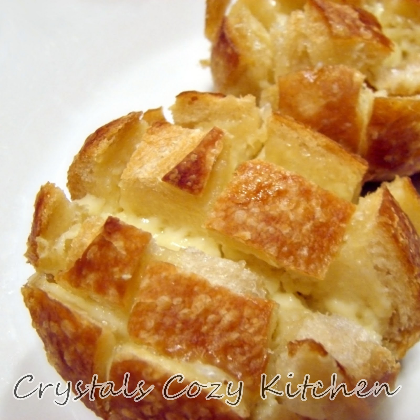 Crystal's Cozy Kitchen: Cheesy Sourdough Bread