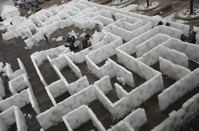 world's largest ice maze picture, world's largest ice maze photo, world's largest ice maze image, world's largest ice maze video, Buffalo N.Y. for the 2010 Buffalo Powder Keg Winter Festival.