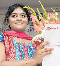VP Divya photo, VP Sree Divya picture, Youngest Researcher in India, electrical engineering student, undergraduate researcher Hyderabad