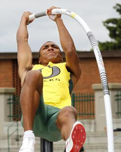 American Ashton Eaton photo, American Ashton Eaton picture, Ashton Eaton Guinness world record, Heptathlon World Record 2011, Ashton Eaton world record