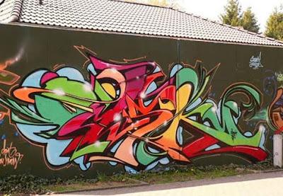 Omsk graffiti name tags