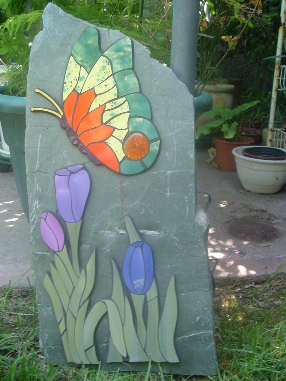 Mosaicos leyla atuan piedras decorativas de jardin for Piedras de jardin decorativas