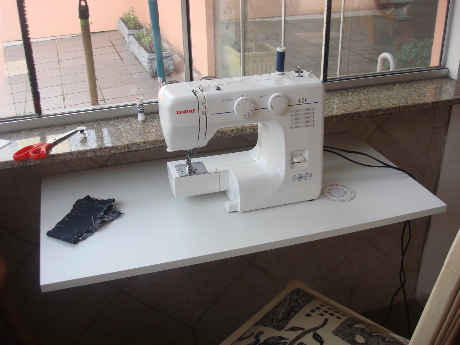 Mesa pra m quina de costura jeito de casa blog de - Mesas para costura ...