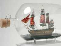Yinka Shonibare - Nelson's Ship in a Bottle (2008)