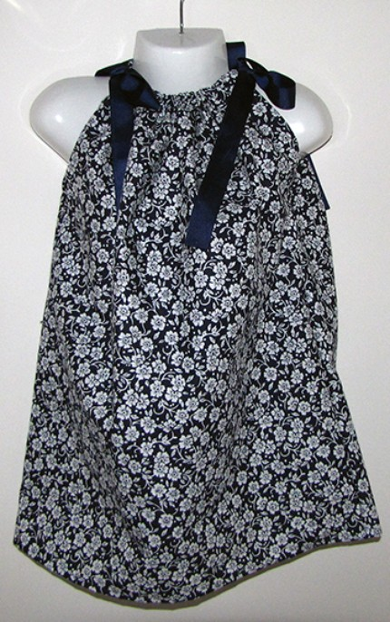 Classis blue & white dress $15.00