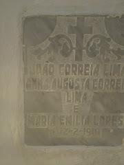 Túmulo de João Correia Lima