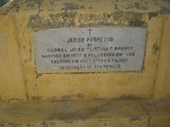 Túmulo de João Pereira Castelo Branco
