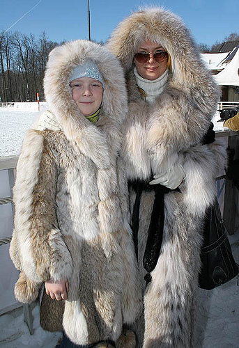 Old Women In Fur 12