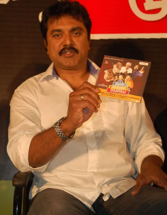 [Kola-Kolaya-Mundirika-audio-launch-04.jpg]